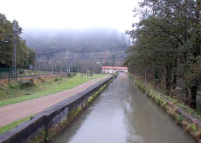 Canal de la Central Hidroeléctrica de Bolumburu
