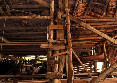Construcción de madera de los tinglados