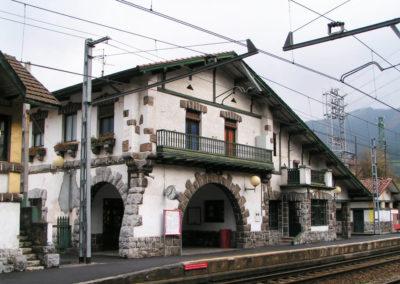 Estación Areta (estilo neovasco)