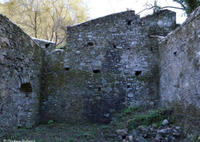Muros de la ferrería